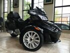 Can-Am Spyder® RT 6-Speed Semi-Automatic (SE6) -- 2016 Can-Am® Spyder® RT 6-Speed Semi-Automatic (SE6)  1 Steel Black Metallic