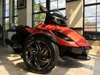 Can-Am Spyder® RS-S SE5 -- 2014 Can-Am® Spyder® RS-S SE5  1 Can-Am Red