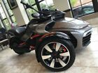 Can-Am Spyder® F3-S 6-Speed Semi-Automatic (SE6) -- 2016 Can-Am® Spyder® F3-S 6-Speed Semi-Automatic (SE6)  1