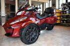Can-Am Spyder® RT-S 6-Speed Semi-Automatic (SE6) -- 2016 Can-Am® Spyder® RT-S 6-Speed Semi-Automatic (SE6)  1 Intense Red Pearl