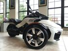 Can-Am Spyder® F3-S 6-Speed Semi-Automatic (SE6) -- 2016 Can-Am® Spyder® F3-S 6-Speed Semi-Automatic (SE6)  1 Pearl White  1330 CC R