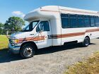 2001 Ford E-Series Van  2001 FORD E-450 SUPER DUTY VAN SINGLE AXLE 12 SEATER WITH WHEEL CHAIR LIFT SPOT
