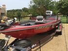 Ranger 396V Sport/Fishing/Bass Boat with Evinrude XP200 Motor