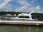 1989 Bayliner Cabin Cruiser-New Apholstery!