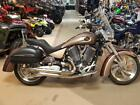 2006 Victory KINGPIN  2006 VICTORY KINGPIN LOT'S OF EXTRA'S EXCELLENT CONDITION