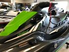 EX DELUXE / NEW 2018 / RIDE SYSTEM / CARBON & ELECTRIC GREEN / SEATS THREE
