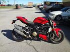 2010 Ducati Superbike  2010 DUCATI STREET FIGHTER WITH 3774 MILES-DUCATI