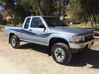 1989 Toyota Pickup SR5 Toyota Extra Cab Pickup Truck 4x4 SR5 22RE 5 Speed LOW MILES Pre Tacoma Clean