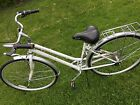 Schwinn Wayfarer Woman's Hybrid Bike, 7 Speed