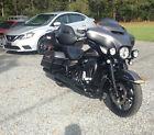 2017 Harley-Davidson Touring  2017 Harley-Davidson Ultra-Limited Low