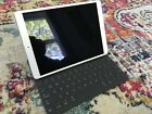 Apple iPad Pro 2nd Gen. 256GB, Wi-Fi, 10.5in - Space Gray, Excellent condition