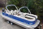 Dealer Demo-27 Cascade Platinum RL Tahoe Pontoon boat with 350 Hp Merc-trailer