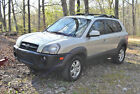 2006 Hyundai Tucson Limited GLS Great car, great price, great mileage. 2006 GLS Limited FWD 2.7 V6 w/ Sunroof!