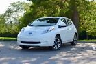 2017 Nissan Leaf SV + Tech and Winter Package 2017 Nissan LEAF 4D Hatchback SV // Heated Steering Wheel & Seats, Quick-charge