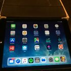 Apple iPad Air 1st Gen. 32GB, Wi-Fi, 9.7in - Space Gray, Excellent Condition!