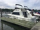 1984 Carver 3227 Convertible Boat/Yacht **Low Hours**