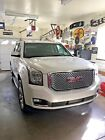 2017 GMC Yukon Denali 2017 GMC YUKON DENALI WHITE TRI-COAT & COCOA ATMOSPHERE INTERIOR ONLY 1200 MILES