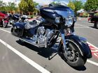 2017 Indian CHIEFTAIN  2017 Indian Motorcycle® Chieftain® Thunder Black Pearl
