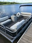 2018 20 ft Pontoon boat with trailer and 40 hp Honda  4 stroke rigged