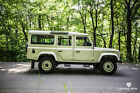 1987 Land Rover Defender Country Station Wagon 1987 Land Rover Defender 110 - Country Station Wagon - V8