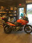 Suzuki: dl650 DL650 v-strom Suzuki 2008 great condition, burgundy color, many accessories