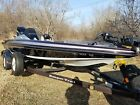 *OBO* 2012 Ranger Z118 bass boat FACTORY NEW CONDITION 74 original hrs
