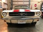 1965 Ford Mustang  1965 Ford Mustang convertible