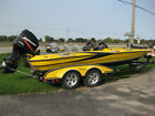 2005 Triton tr21 DCX bass boat must see!