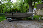 Boat, Tracker V12 Guide, Fully Carpeted With Floor, 8hp Mercury, Trailer