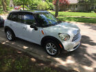 2011 Mini Countryman  Mini Cooper Countryman Black ops Edition Beautiful inside and out