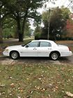 1999 Lincoln Town Car Executive Signature Good dependable car - never left us stranded or had a flat tire !!!