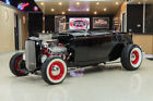 1932 Ford Roadster Street Rod Custom Roadster! Fiberglass Body, 396ci V8, TH400 Automatic, Disc, TCI Chassis